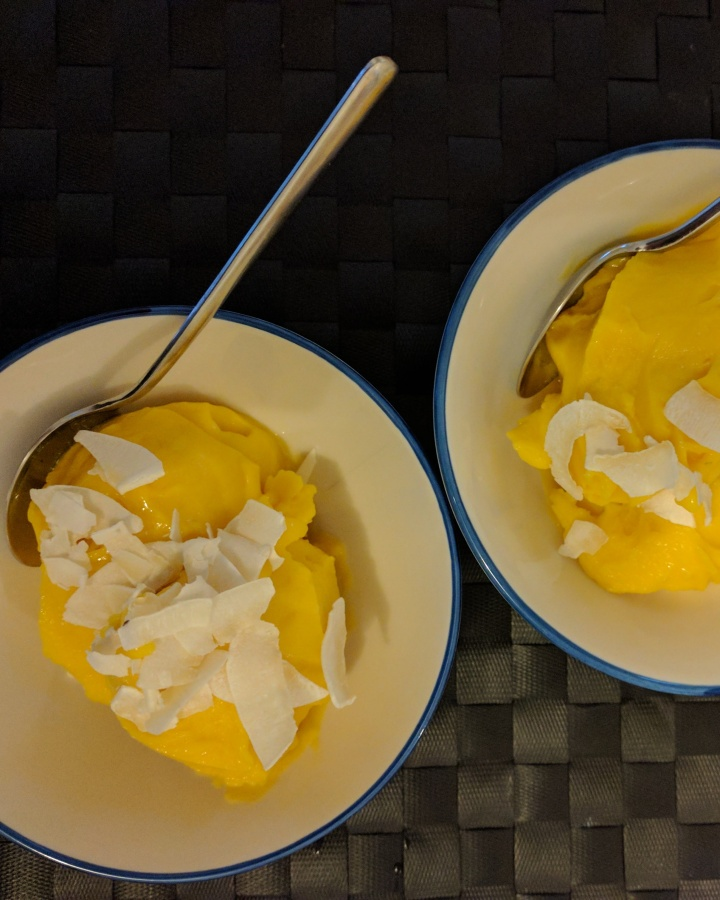 Vegan mango ice cream (Sorvete vegano de manga)