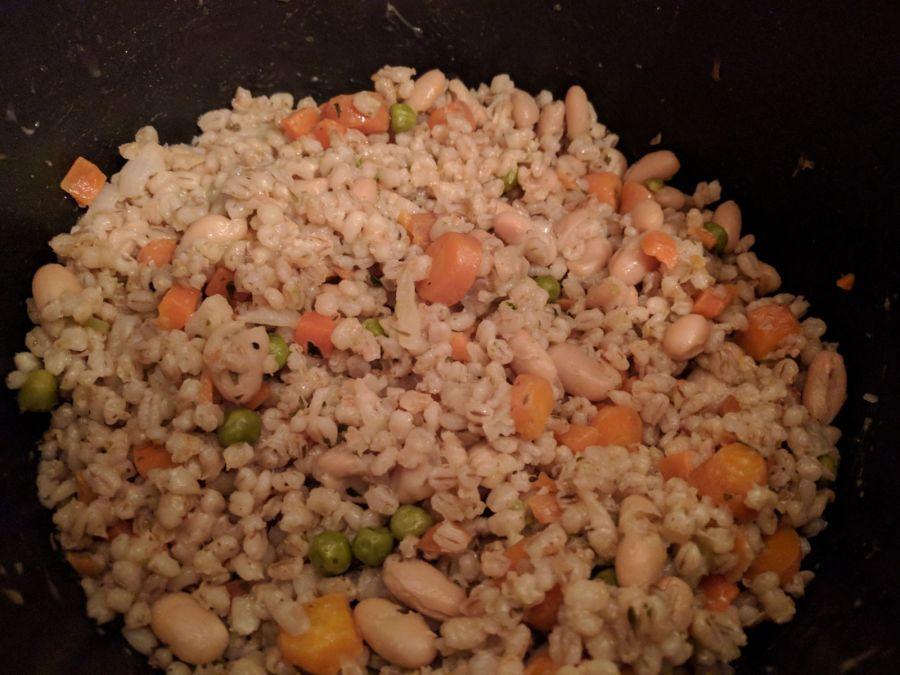 Vegan veg & bean pearl barley risotto (Risoto vegano de cevada pérola, vegetais efeijão)